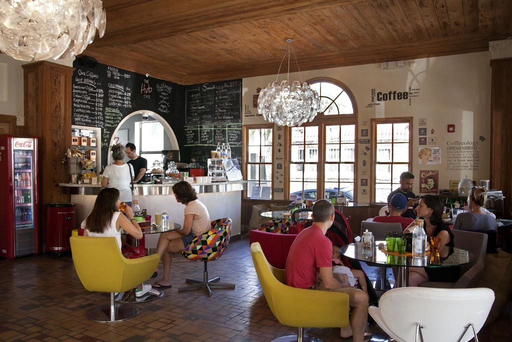 Hub cafe 15-3