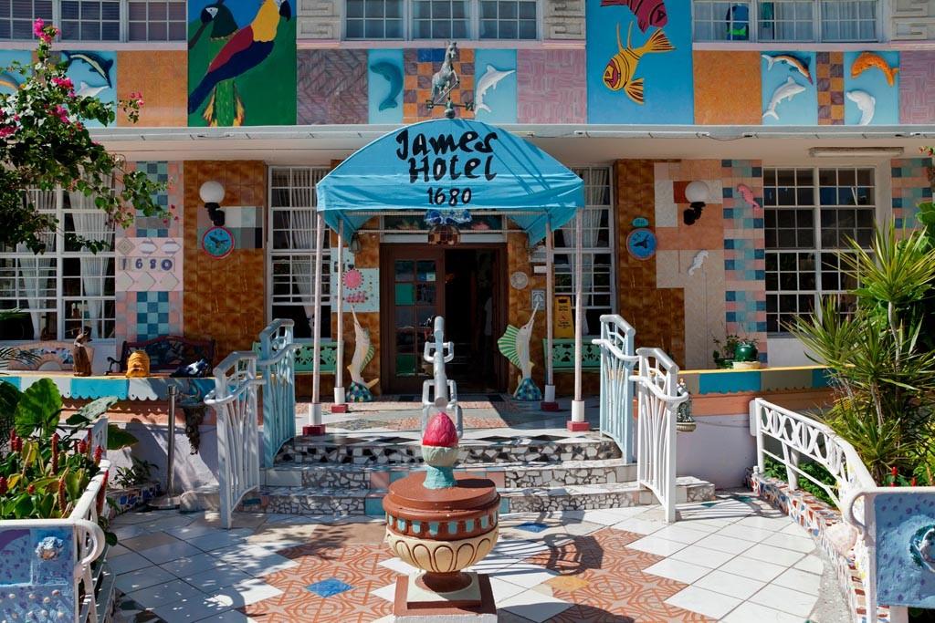 James Hotel 15-1